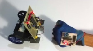 Hand Motion Controlled Robotic Vehicle2.jpg